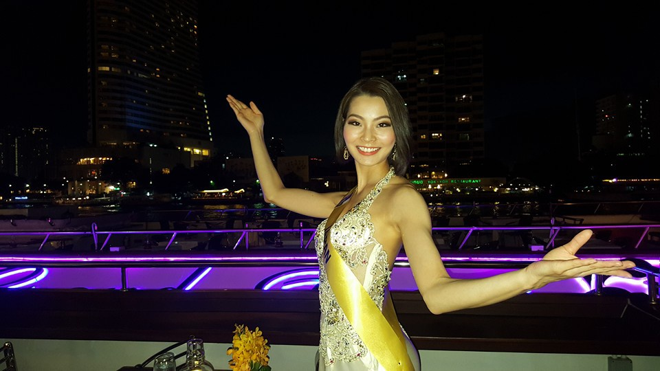 "Welcome dinner on ""Wonderful Pearl Cruise"" along the Chao Phraya River"